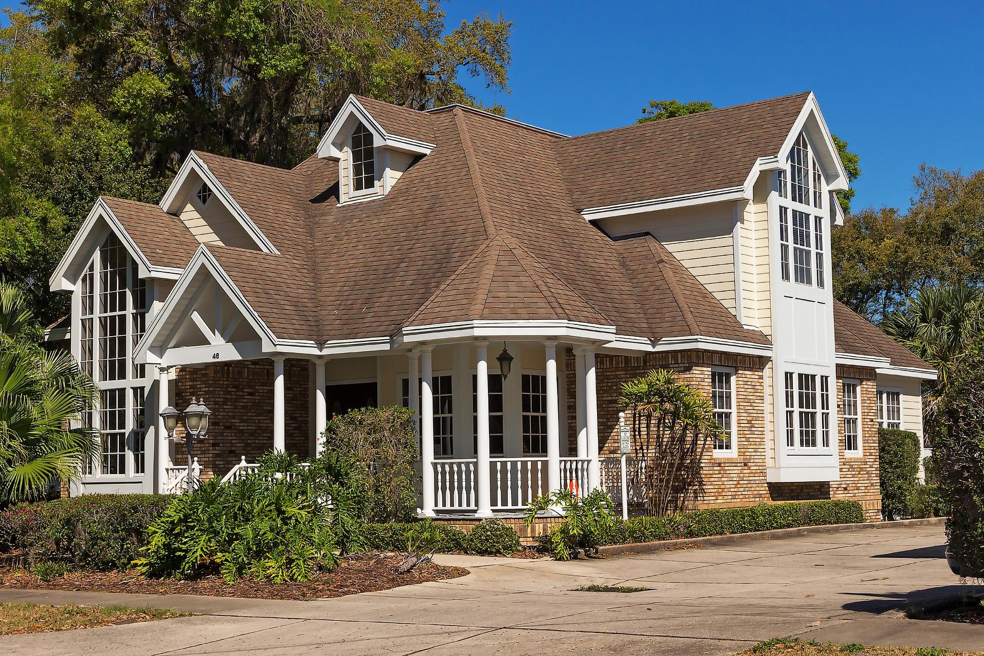 Dlaczego warto przeglądać nieruchomości na sprzedaż?